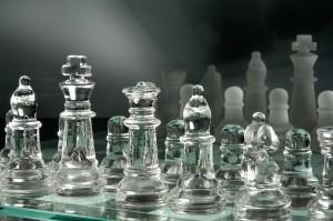 Schachspiel in Glas