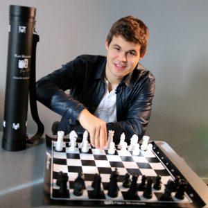 chess-set-magnus-carlsen-5