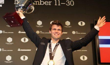 Magnus Carlsen World Chess Champion again after Tiebreaks!