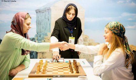 Tehran WWCh Round 4 Tie-breakes: Harika Dronavalli wins