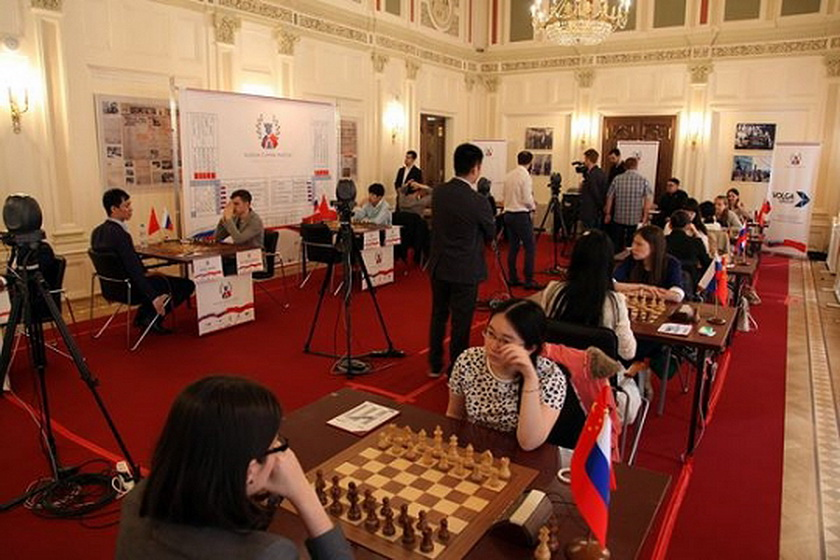 Russia wins friendship match agains China