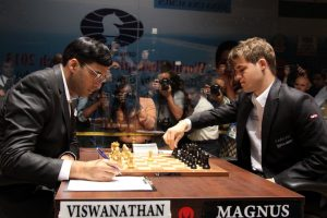 anand-carlsen-pawn-topples
